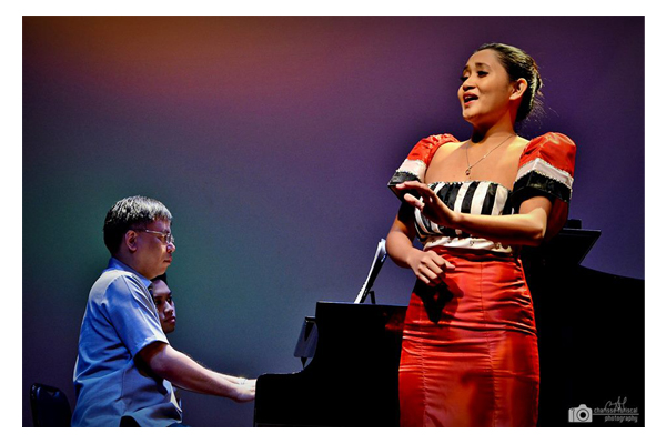 College Filipino Recital 42