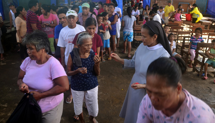 February 21, 2018, Camalig, Albay, distribution of numbers for the recipients of the relief bags