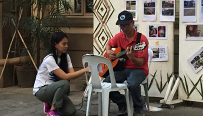 Oct. 13, 2018 Welcome Solidarity Night Mr. Dona of the Grade School Unit performs some songs