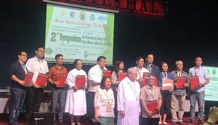 Jan.31, 2019, Sr. M. Christine Pinto, OSB with other school heads during the conference on adopting a zero waste management lifestyle in school campuses